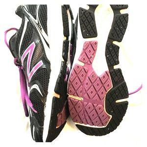 Barely worn purple new balance running sneakers